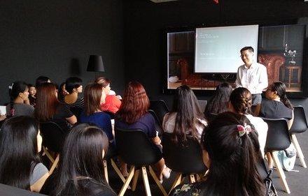 Menstrual Talk by Dr James Lee