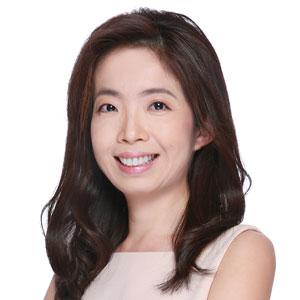 Dr Claudia